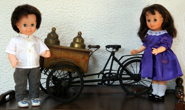 Marie-Françoise, Jean-Michel et le triporteur