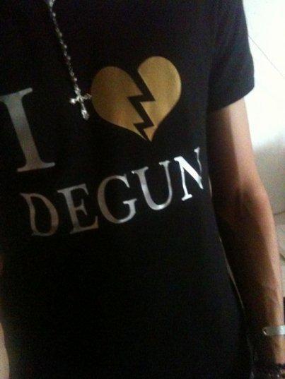 Photo 1er T-shirt  I <3 DEGUN