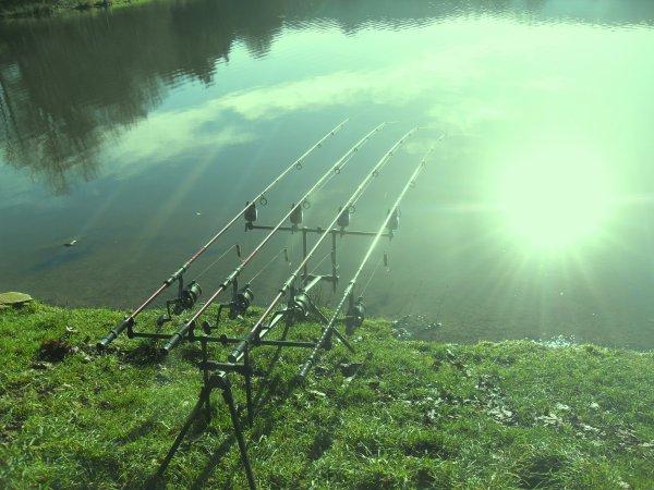 Pêche de journée au lac de Bosméléac.