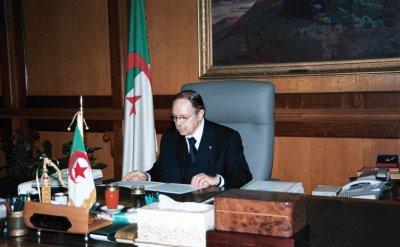 Message du président Bouteflika à l'occasion de la Journée mondiale de la femme