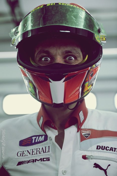 ✦ Suis toute l'actu de la catégorie MotoGP.