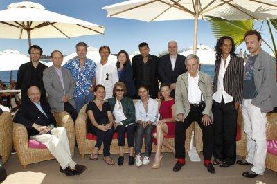 """Au déjeuner du """"Film français"""" à la Plage des Palmes au Festival de Cannes 2011"""