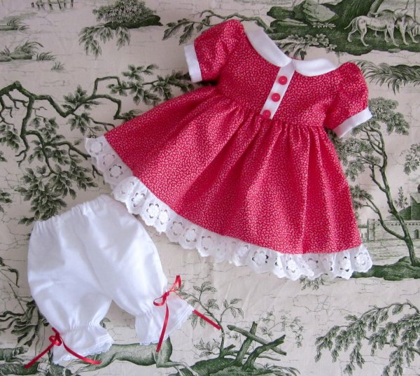 Robe rouge + culotte longue