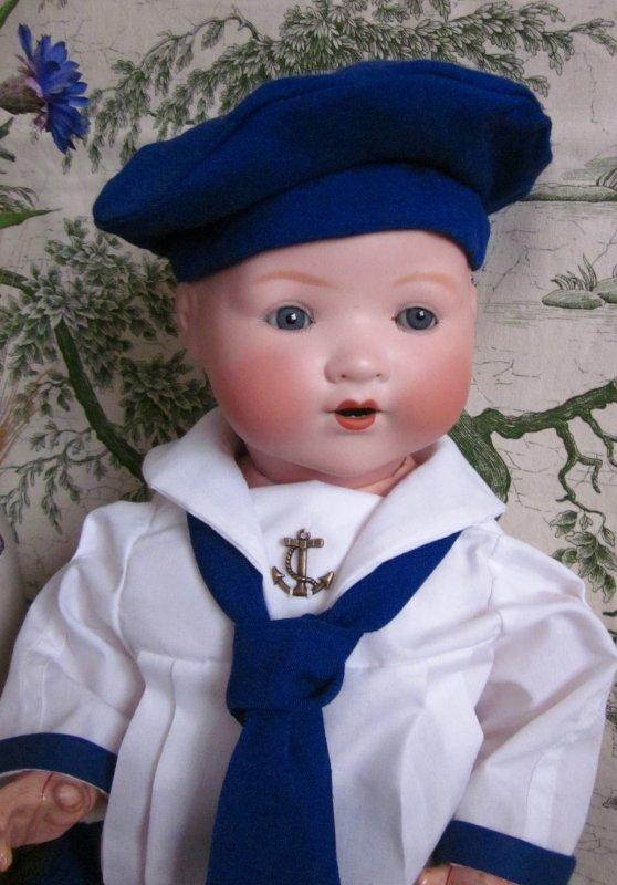 Ensemble marin bleu pour mon poupon Armand Marseille
