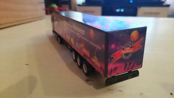 Un autre beau camion pour le réseau