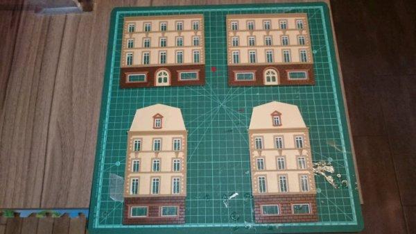 Suite de la construction de l'immeuble acheté à mini world Lyon