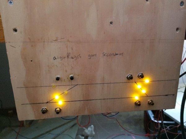 Petit essai des aiguillages et réalisation du premier tableau de control