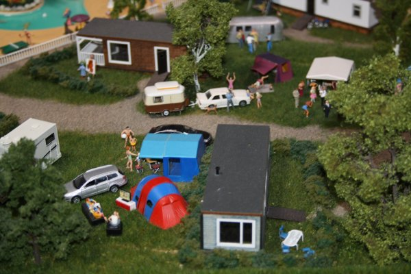 Reportage photo mini world Lyon: Le camping