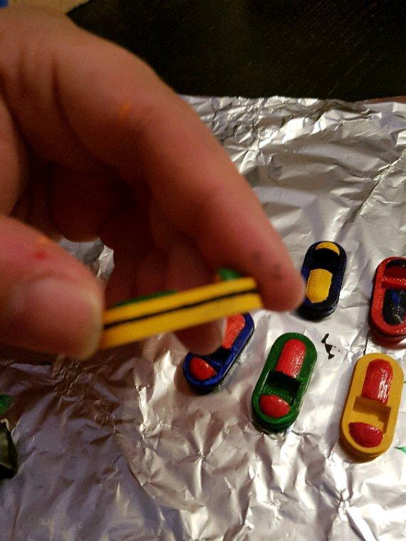 Bateau électrique pour jeunes enfants : suite de la peinture