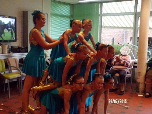 prestation à la maison de retraite de Marseille en Beauvaisis 26 juillet 2015