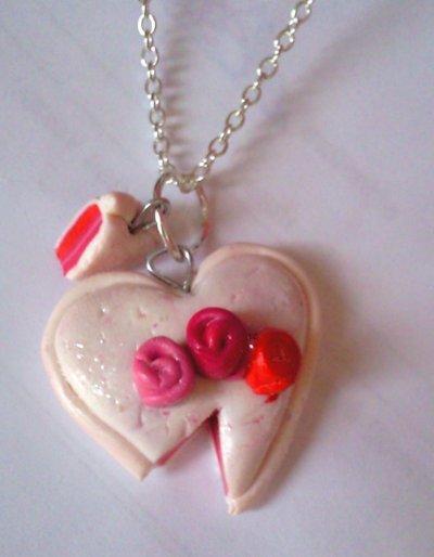 Pendentif gâteau en forme de coeur