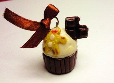 Pendentif Cupcake, pain d'épice et carrés de chocolat