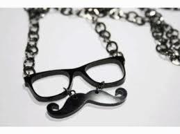Moustache à vendre!!!