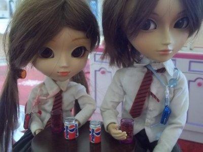Amandine (Nina) et Lucas (Sage)