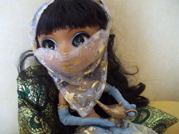 Layla (Nahh-Ato)