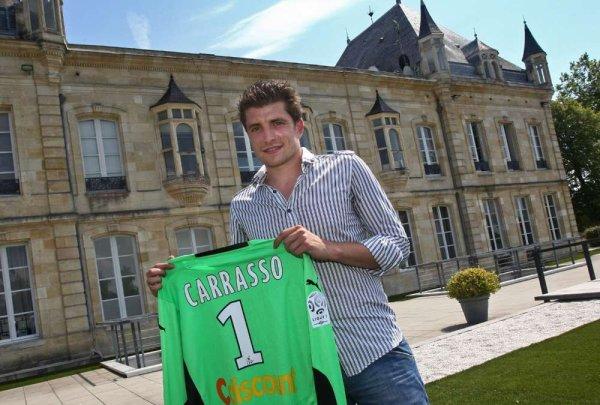 Maillot préparé pour Cédric Carrasso lors de sa signature en 2009-2010