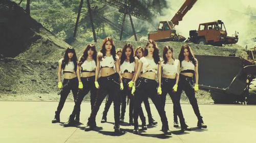 SNSD Catch Me If You Can OT9 MV.