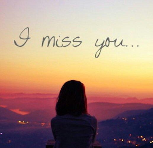 Le temps nous paraît si long quand on est loin des gens qu'on aime.. ♥