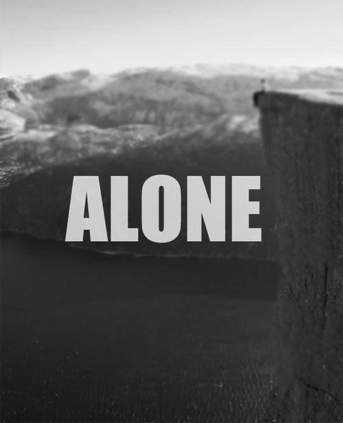 Tu as toujours été là et maintenant que tu es parti je me sens terriblement seul.. :( ♥