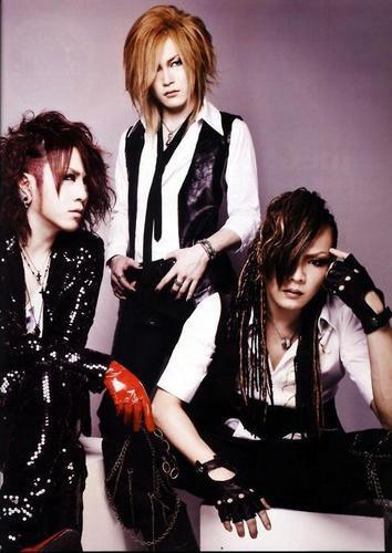 Ruki, Uruha et Kai