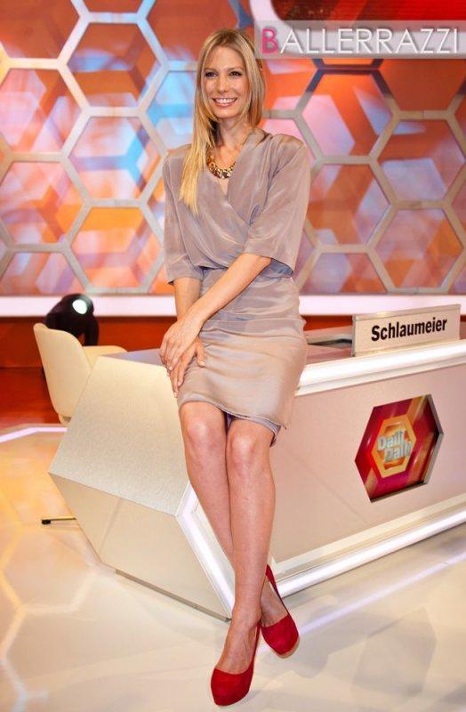 Football : Bastian Schweinsteiger - Sarah Brandner est LA présentatrice allemande du moment