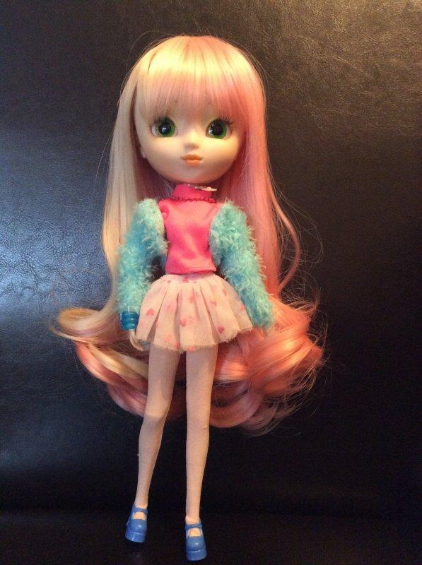 La nouvelle wig de Valentina
