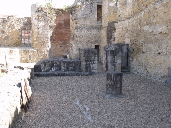 les abords du château 6