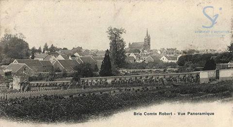 Vue générale de Brie-Comte-Robert au début du XXe siècle !