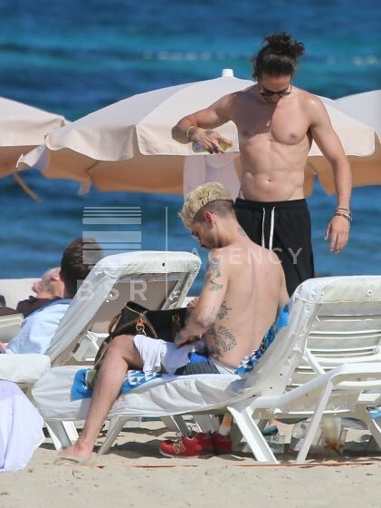 Bill et Tom en Espagne