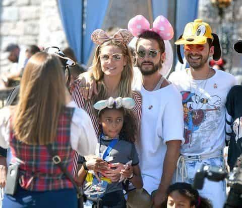 Nouvelles photos de Tom, Heidi, Bill et Simone
