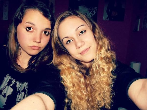 « une amie, rien qu'une amie c'est aussi précieux qu'une vie. »
