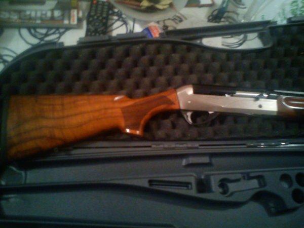 mon nouveau fusil BENELLI RAPHAELLO CRIO CAL 20/76