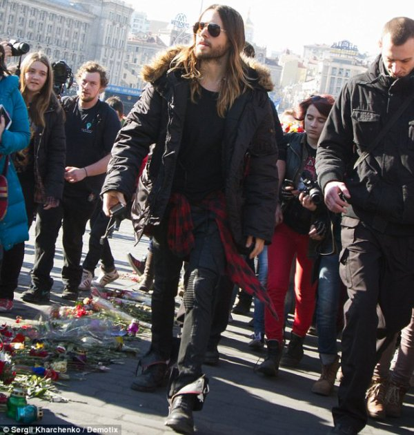 Jared Visits Independence Square – Kiev – 13 March 2014