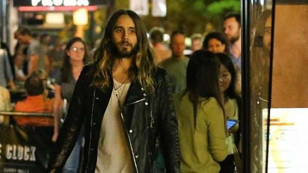 Jared Out in Sydney – 29 Mars 2014