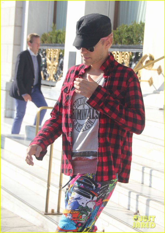 Jared Leaving his Hotel in Athens, Greece – 01 Oct 2015