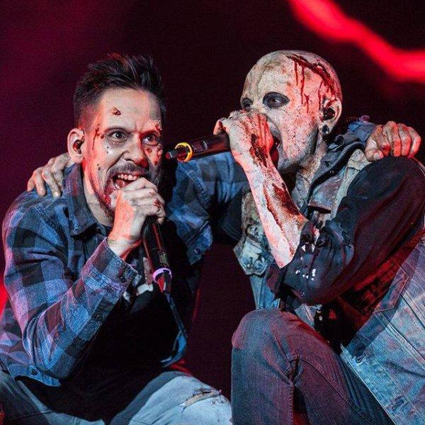 Linkin Park en Zombie pour Halloween !!! Excellent !