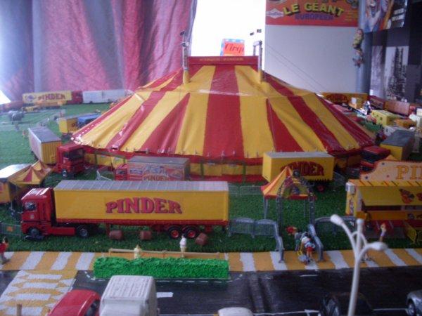 Chapiteau Pinder 1/87