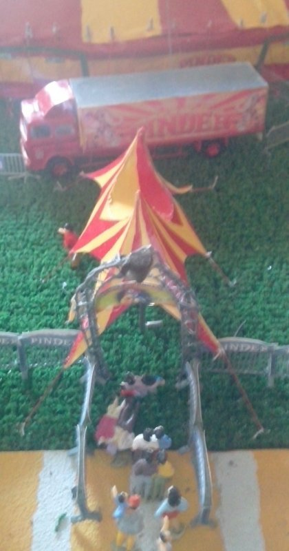 Tente araignée Pinder 1/87