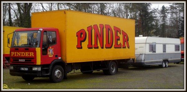 Montage cirque Pinder Poitiers février 2017