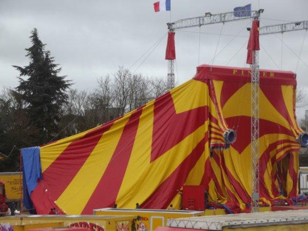 Montage cirque Pinder Poitiers février 2017 (6)