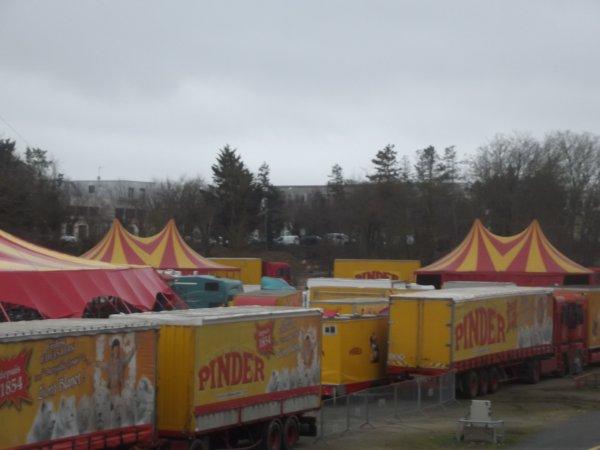 Montage cirque Pinder Poitiers février 2017 (10)
