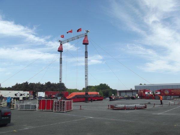 Montage cirque Bouglione à Nantes avril 2017 (5)