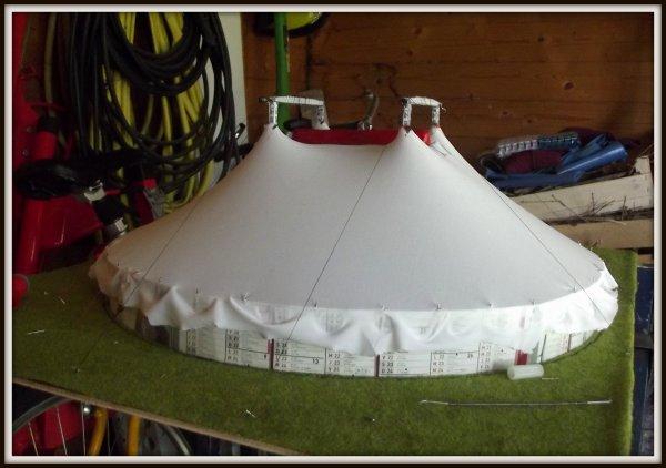 Réalisation du nouveau chapiteau du cirque Pinder à l'échelle 1/87