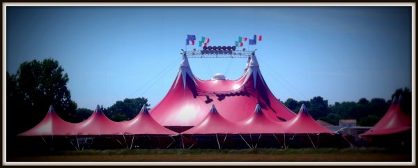Le cirque Claudio Zavatta à la Tranche sur mer juillet 2017 (2)