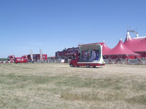Le cirque Claudio Zavatta à la Tranche sur mer juillet 2017 (6)