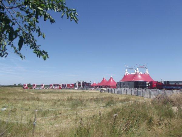 Le cirque Claudio Zavatta à la Tranche sur mer juillet 2017 (8)