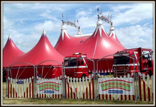 Le cirque Claudio Zavatta à la Tranche sur mer juillet 2017 (14)