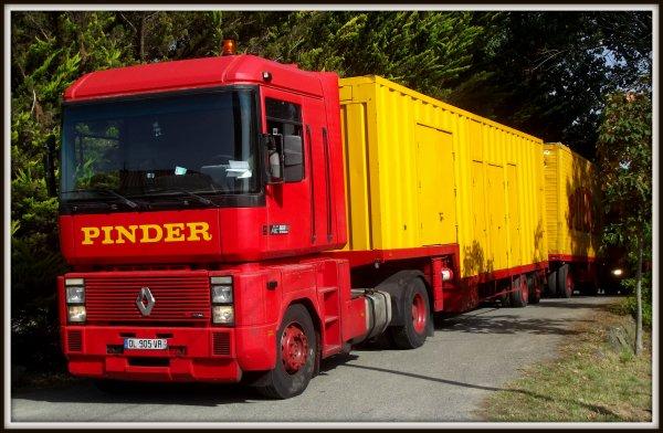 Arrivée du cirque Pinder à Saint gilles croix de vie août 2017 (3)
