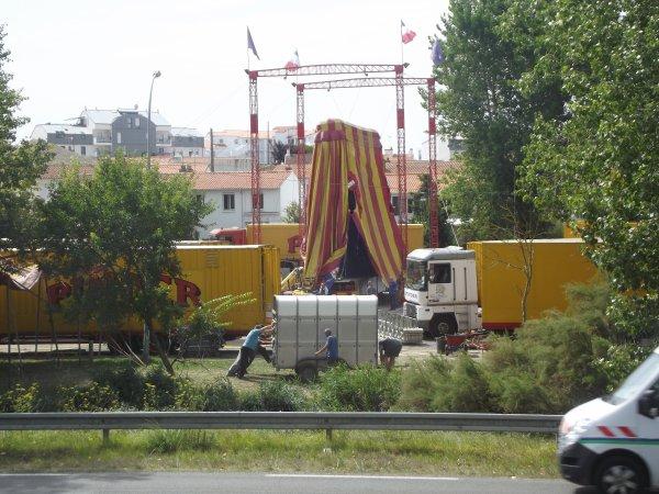 Arrivée du cirque Pinder à Saint gilles croix de vie août 2017 (9)