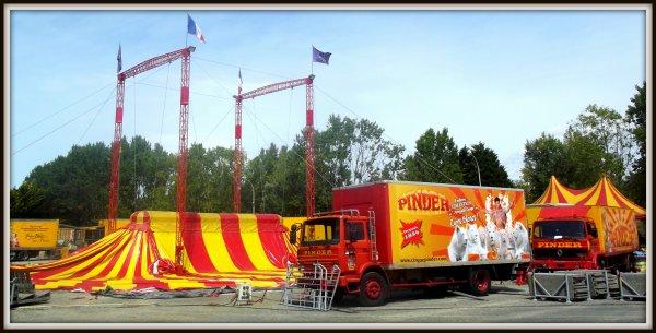 Arrivée du cirque Pinder à Saint gilles croix de vie août 2017 (10)